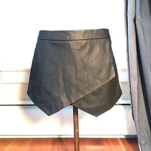 Express faux leather black skort
